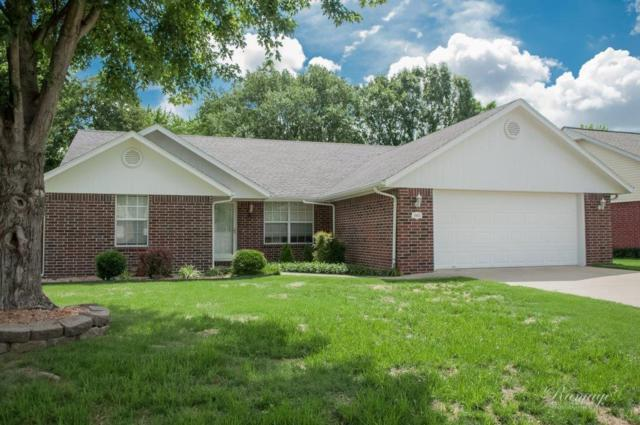 1003 N 34th  St, Rogers, AR 72756 (MLS #1118135) :: McNaughton Real Estate