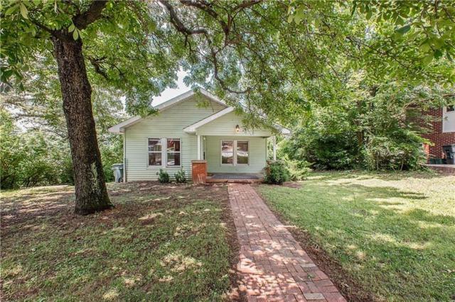111 S Duncan  Ave, Fayetteville, AR 72701 (MLS #1118901) :: Five Doors Network Northwest Arkansas