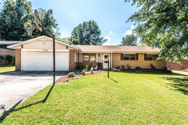 2204 Lynn  St, Springdale, AR 72764 (MLS #1120399) :: McNaughton Real Estate