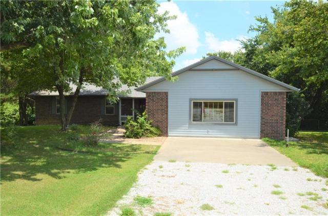 1121 S Barrington  Rd, Springdale, AR 72762 (MLS #1120479) :: HergGroup Arkansas