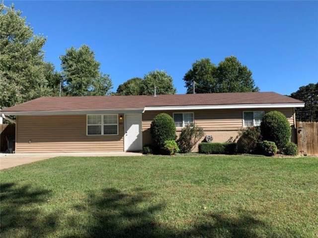 801 N 14th  St, Rogers, AR 72756 (MLS #1129971) :: McNaughton Real Estate