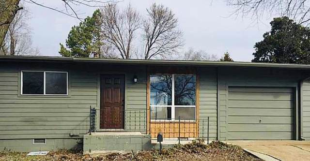 801 W Olive  St, Rogers, AR 72756 (MLS #1130050) :: McNaughton Real Estate