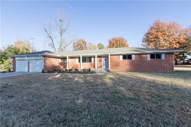 401 S West End  St, Springdale, AR 72764 (MLS #1133134) :: Five Doors Network Northwest Arkansas