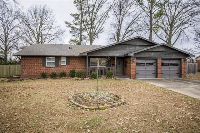 401 H  St, Bentonville, AR 72712 (MLS #1136846) :: McNaughton Real Estate