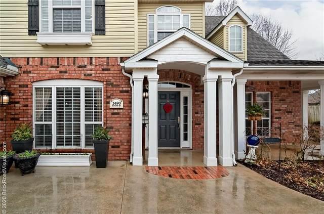 2490 N Middleton, Fayetteville, AR 72703 (MLS #1139053) :: McNaughton Real Estate