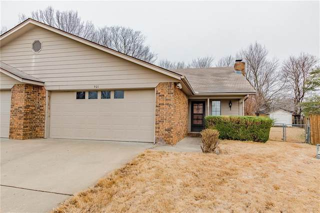 901 W Linden  St, Rogers, AR 72756 (MLS #1139668) :: McNaughton Real Estate