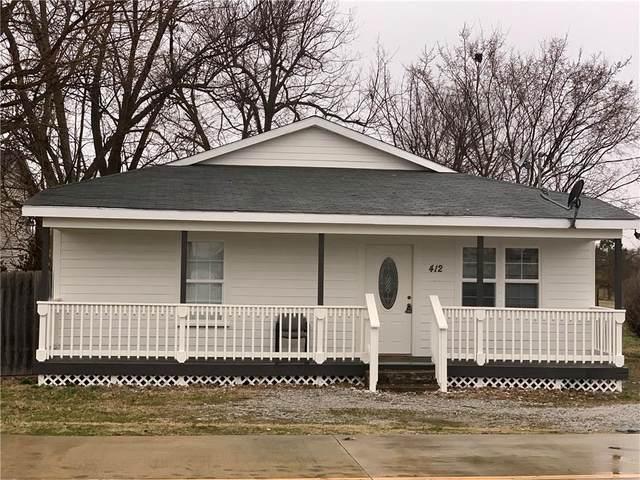412 Park  St, Springdale, AR 72764 (MLS #1139897) :: McNaughton Real Estate