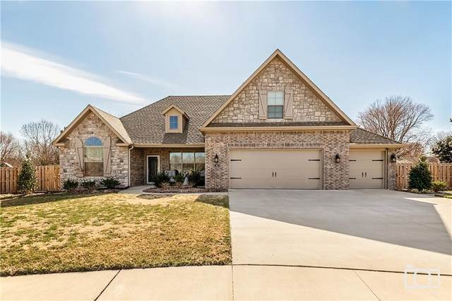 415 Saint James  Ave, Springdale, AR 72764 (MLS #1140299) :: Annette Gore Team | RE/MAX Real Estate Results