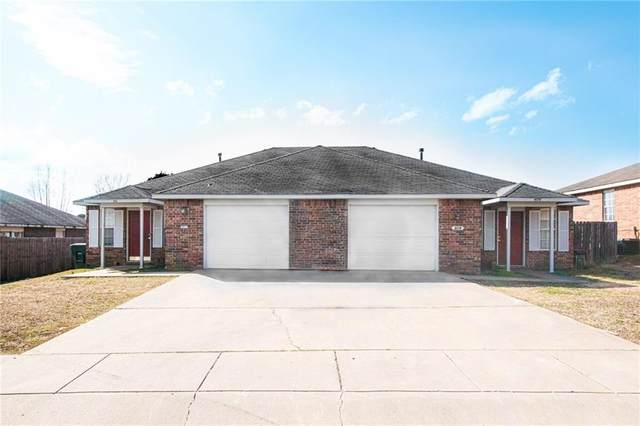 909 - 911 Curtis  Ave, Fayetteville, AR 72701 (MLS #1140968) :: McNaughton Real Estate