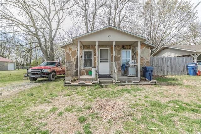 302 S Country Club  Rd, Siloam Springs, AR 72761 (MLS #1143272) :: Five Doors Network Northwest Arkansas