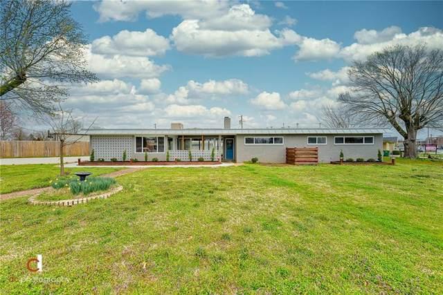 1008 W Maple  Ave, Springdale, AR 72764 (MLS #1143349) :: McNaughton Real Estate