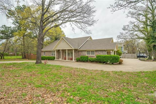 1910 N Fowler, Fayetteville, AR 72701 (MLS #1143820) :: Annette Gore Team   RE/MAX Real Estate Results