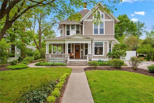 207 Central Avenue, Bentonville, AR 72712 (MLS #1145256) :: Annette Gore Team | RE/MAX Real Estate Results