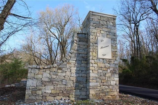 13002 La Bonne Vie Lane, Cave Springs, AR 72718 (MLS #1147315) :: McNaughton Real Estate