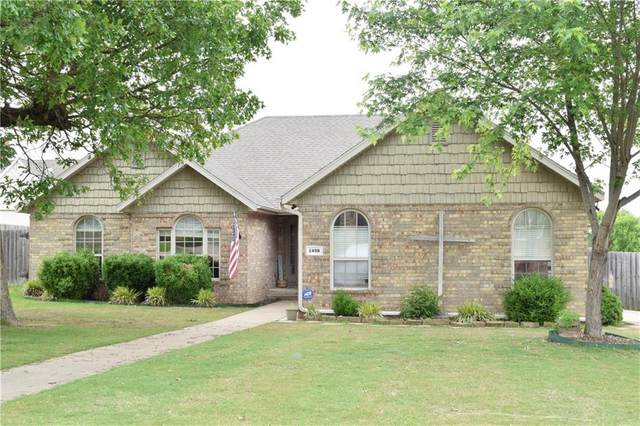 1498 Counts Drive, Springdale, AR 72764 (MLS #1147426) :: Five Doors Network Northwest Arkansas