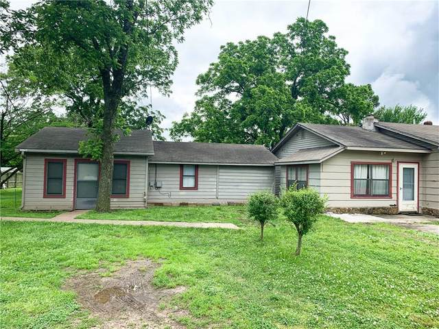 2184/2214 S State Line Road, Watts, OK 74964 (MLS #1147945) :: Annette Gore Team   RE/MAX Real Estate Results