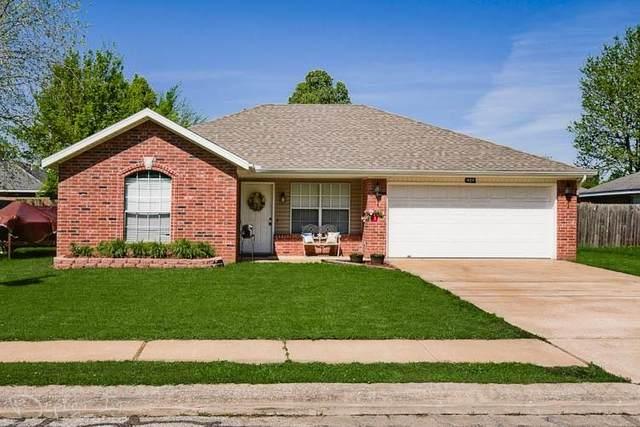 421 D Street, Centerton, AR 72719 (MLS #1148081) :: McNaughton Real Estate