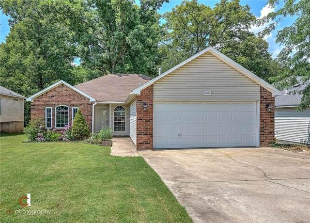 1601 Cresent Street, Bentonville, AR 72712 (MLS #1151792) :: Annette Gore Team   RE/MAX Real Estate Results