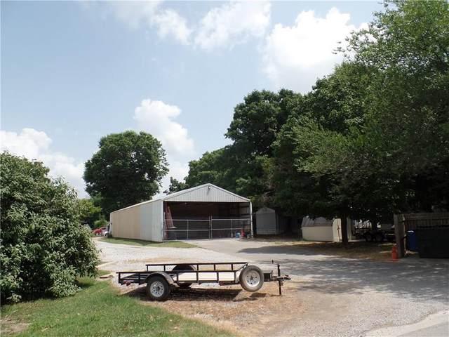 1615 1/2 E Twin Springs Street, Siloam Springs, AR 72761 (MLS #1151824) :: McNaughton Real Estate