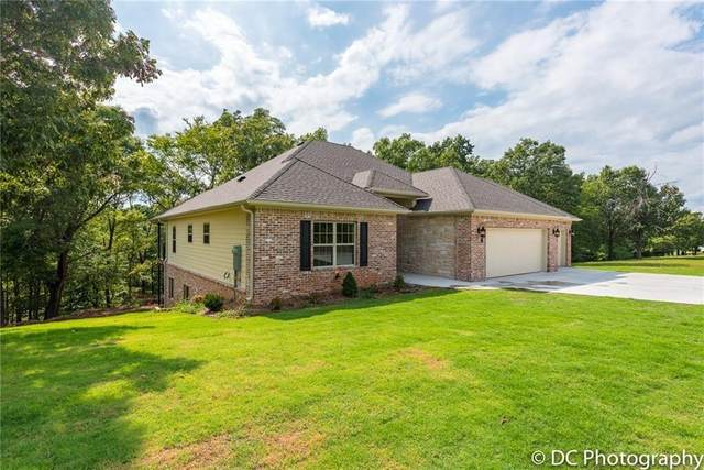 13815 Eastgate Drive, Rogers, AR 72756 (MLS #1157808) :: Jessica Yankey | RE/MAX Real Estate Results