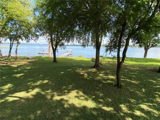 1233 Red Bud Drive, Grove, OK 74344 (MLS #1159644) :: Annette Gore Team   RE/MAX Real Estate Results
