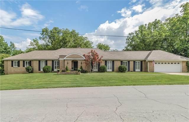 115 S Garrett Street, Siloam Springs, AR 72761 (MLS #1160561) :: Annette Gore Team | RE/MAX Real Estate Results
