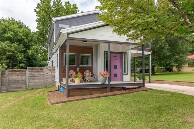 28 E 7th Street, Fayetteville, AR 72701 (MLS #1160974) :: Five Doors Network Northwest Arkansas