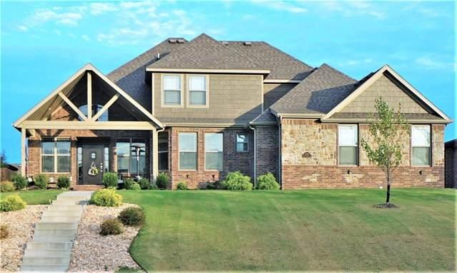 2202 NE Steinbeck Drive, Bentonville, AR 72712 (MLS #1161071) :: Jessica Yankey | RE/MAX Real Estate Results