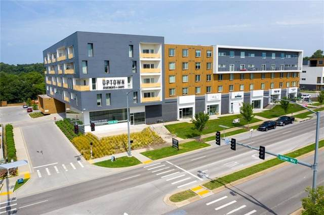 3959 N Steele Boulevard #1, Fayetteville, AR 72703 (MLS #1161160) :: McNaughton Real Estate