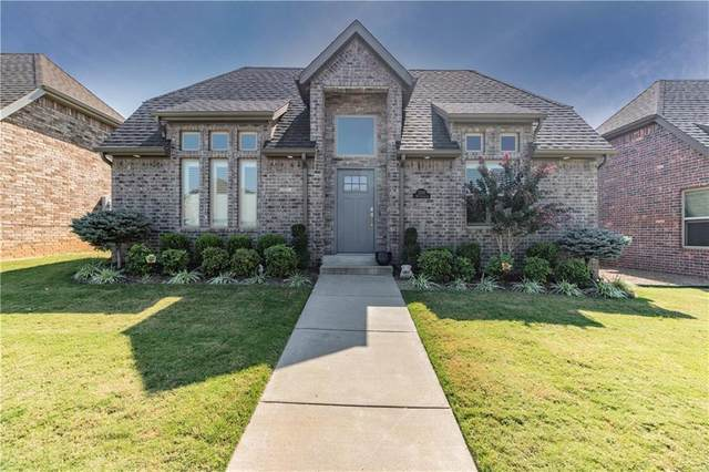 3305 SW Stonepoint Avenue, Bentonville, AR 72713 (MLS #1161331) :: McNaughton Real Estate