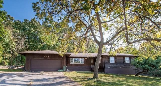 1645 Wedington Drive, Fayetteville, AR 72701 (MLS #1161790) :: McNaughton Real Estate