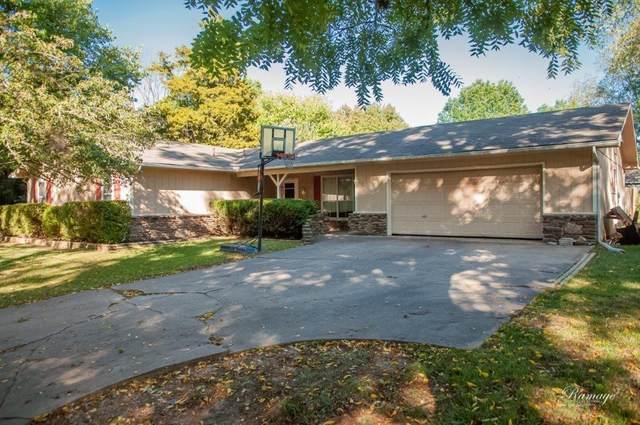 902 NW K Street, Bentonville, AR 72712 (MLS #1161797) :: Jessica Yankey | RE/MAX Real Estate Results