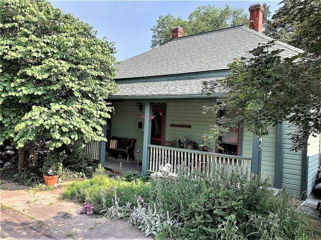 32 Elk Street, Eureka Springs, AR 72632 (MLS #1161809) :: McNaughton Real Estate