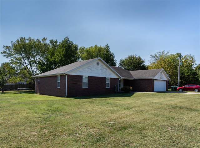 1537 Robins Road, Springdale, AR 72762 (MLS #1163437) :: Five Doors Network Northwest Arkansas