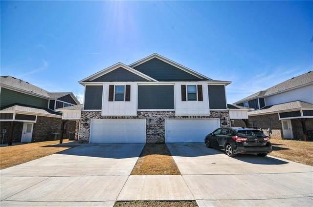 4153/4155 W Sardinia Way, Fayetteville, AR 72704 (MLS #1164248) :: McNaughton Real Estate