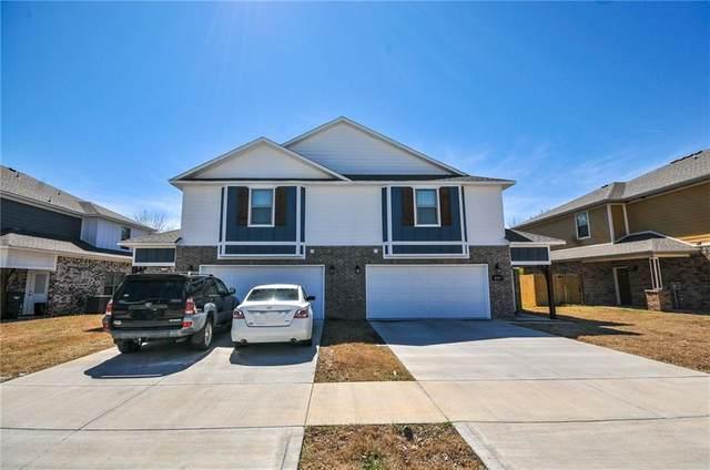 4167/4169 W Sardinia Way, Fayetteville, AR 72704 (MLS #1164249) :: McNaughton Real Estate