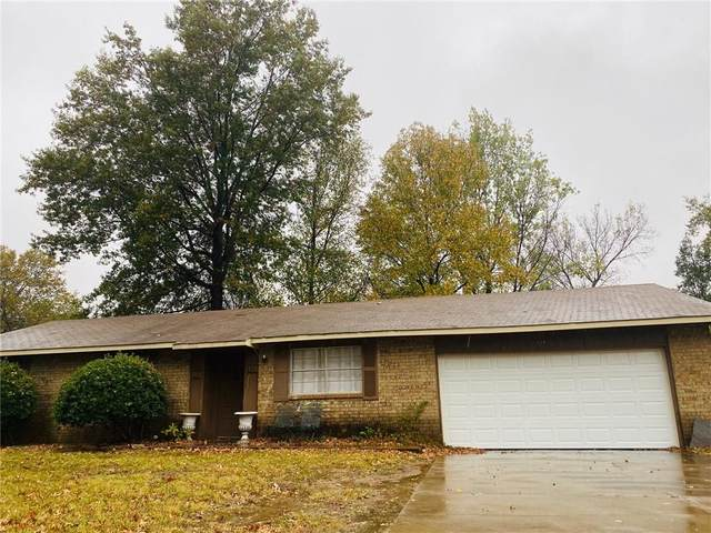 604 S 19Th Street, Rogers, AR 72758 (MLS #1164502) :: McNaughton Real Estate