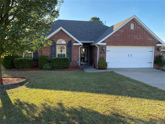 1347 N Cannondale Drive, Fayetteville, AR 72704 (MLS #1164513) :: McNaughton Real Estate