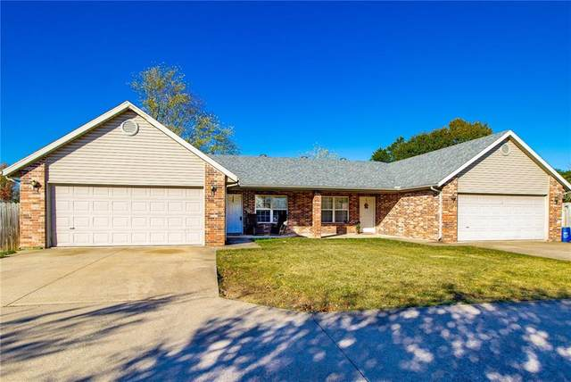 114 - 120 E Veterans Parkway, Rogers, AR 72756 (MLS #1164922) :: McNaughton Real Estate