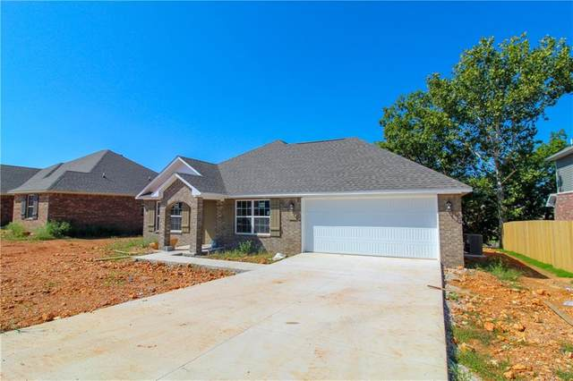 813 Brook Street, Gentry, AR 72734 (MLS #1166308) :: Annette Gore Team   RE/MAX Real Estate Results