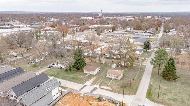 209 SE 7th Street, Bentonville, AR 72712 (MLS #1166871) :: Annette Gore Team | RE/MAX Real Estate Results