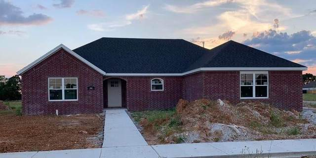 315 N Otoe Street, Farmington, AR 72730 (MLS #1167337) :: McNaughton Real Estate