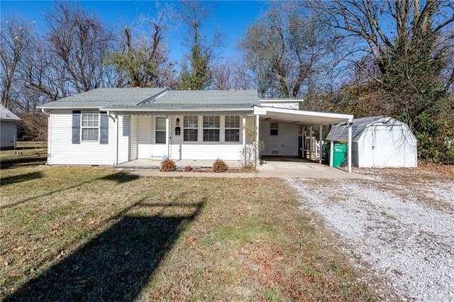 1106 W Center Avenue, Springdale, AR 72764 (MLS #1167752) :: McNaughton Real Estate