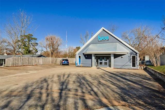 908 NW 8th Street, Bentonville, AR 72712 (MLS #1170629) :: Five Doors Network Northwest Arkansas