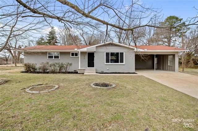 1210 S 10th Street, Rogers, AR 72756 (MLS #1171116) :: McNaughton Real Estate