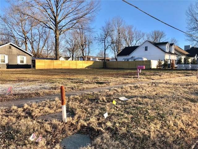 301 SW E Street, Bentonville, AR 72712 (MLS #1171131) :: McMullen Realty Group