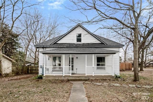211 W Graham Street, Prairie Grove, AR 72753 (MLS #1171257) :: McNaughton Real Estate