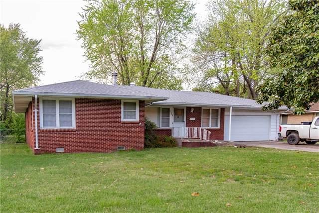 1308 Davis Avenue, Springdale, AR 72764 (MLS #1171544) :: McNaughton Real Estate