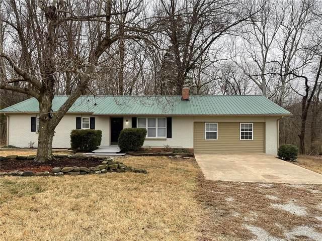 18975 Shoreline Way, Fayetteville, AR 72703 (MLS #1172044) :: McNaughton Real Estate