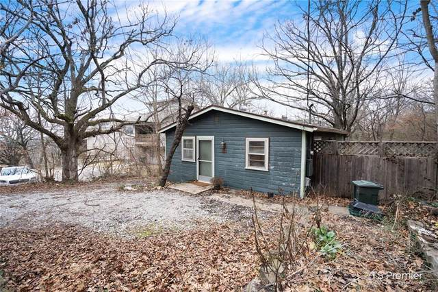 426 Lawson Street, Fayetteville, AR 72703 (MLS #1172139) :: NWA House Hunters | RE/MAX Real Estate Results